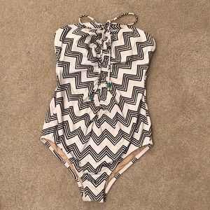 Pea in the pod strapless maternity bathing suit